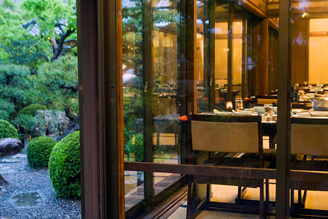 Japan, beautiful garden, restaurant 2